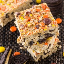 Peanut Butter Oreo Rice Krispie Treats 12