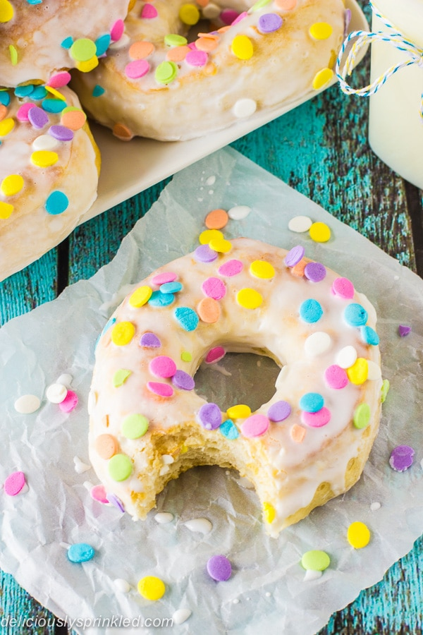Easy Baked Donuts
