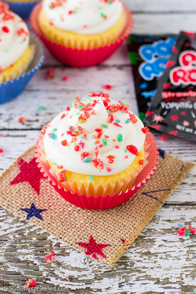 Vanilla Cupcake Recipe, Vanilla Buttercream Frosting, 4th of July Dessert