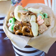 Apple Chips Snack Mix