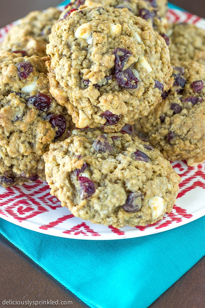 Cherry Chocolate Chip Oatmeal Cookies. Recipe by deliciouslysprinkled.com