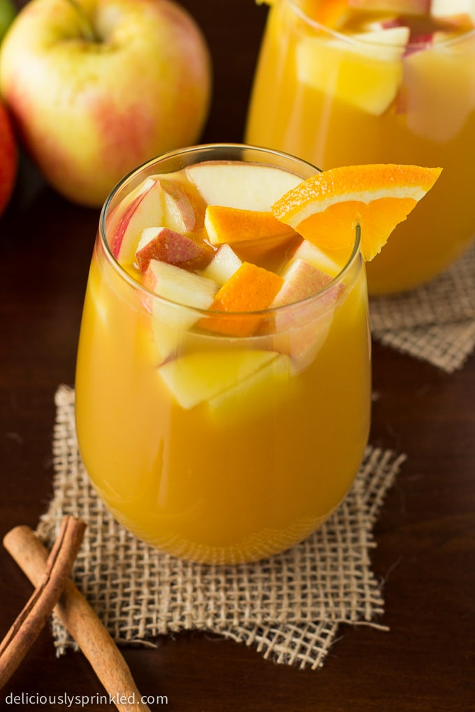Hot Citrus Apple Cider recipe. Recipe by deliciouslysprinkled.com
