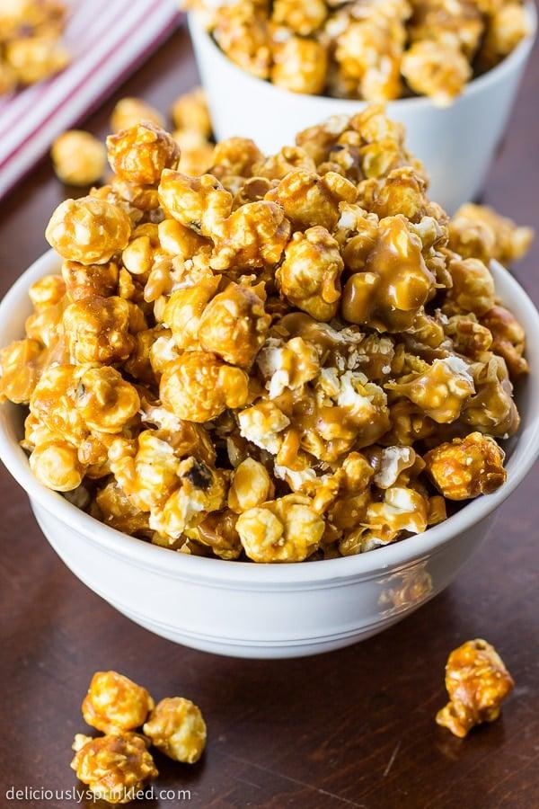 Oven Baked Caramel Corn