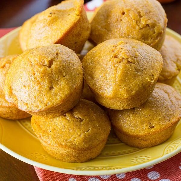 Pumpkin Spice Cornbread Muffins