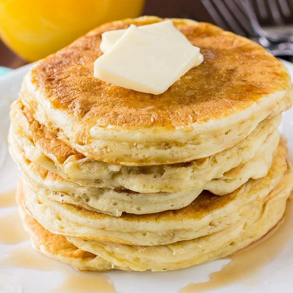 HOMEMADE BUTTERMILK PANCAKES