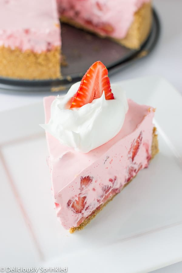 No Bake Strawberry & Cream Pie