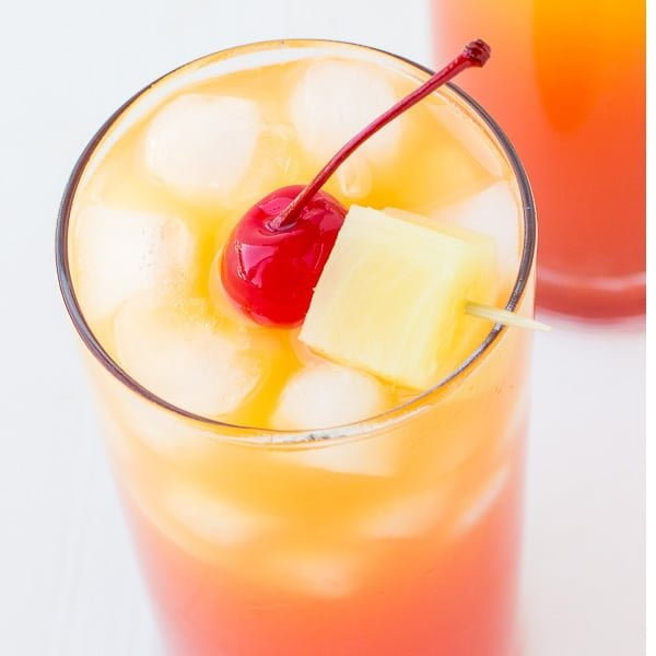 Easy Pineapple Rum Punch Recipe